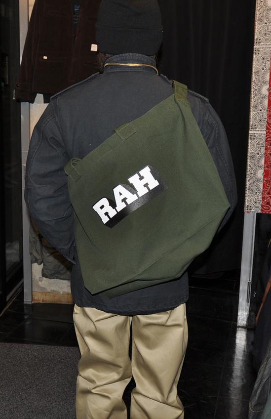 shoulder-bag-back-rah.jpg
