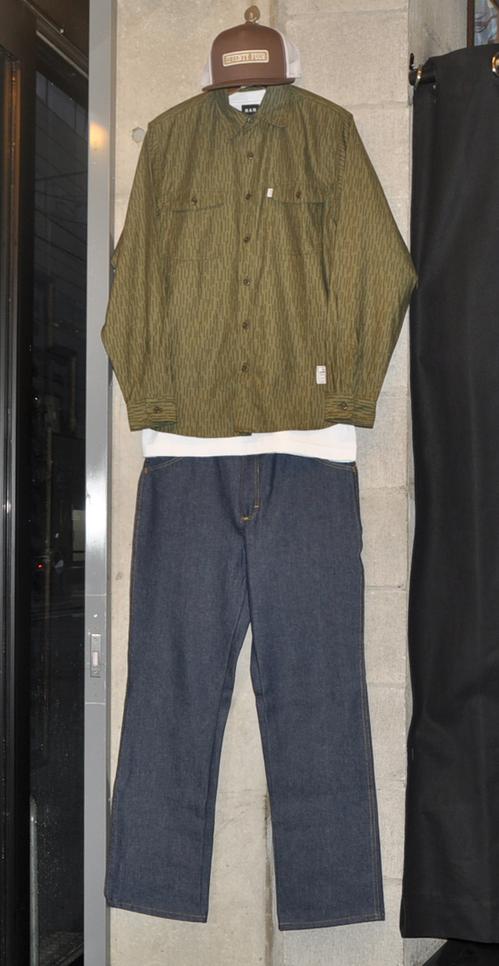 74-rain-camo-shirt-redkap-denim-pants-rah-yokohama.jpg