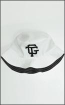 tokyo gimmicks - YING YANG REVERSIBLE BUCKET HAT
